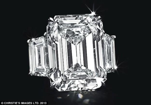 Kim Kardashian engagement ring 1