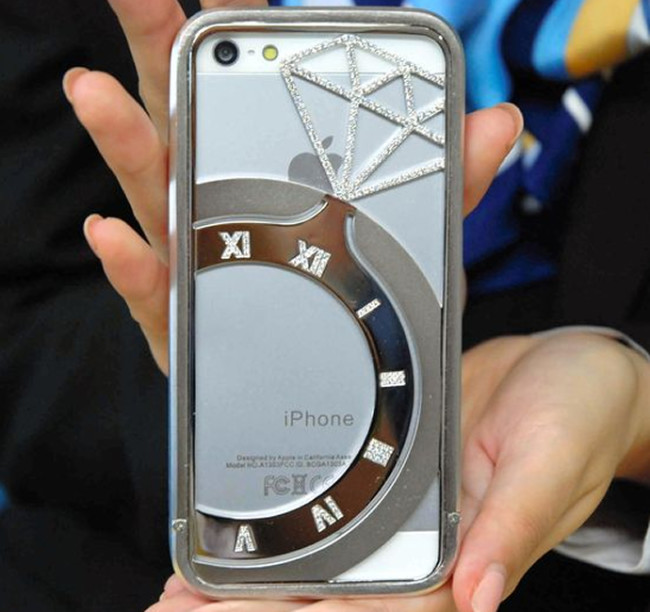 Koku diamond studded iPhone 5 case 1