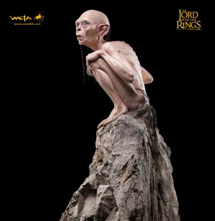 Gollum statue 2