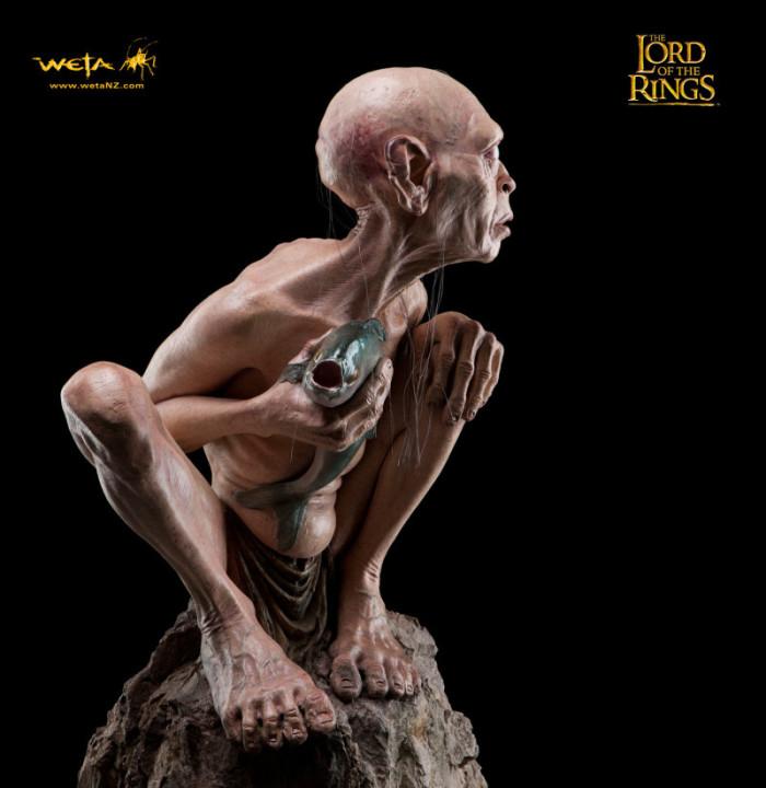 Gollum statue 4