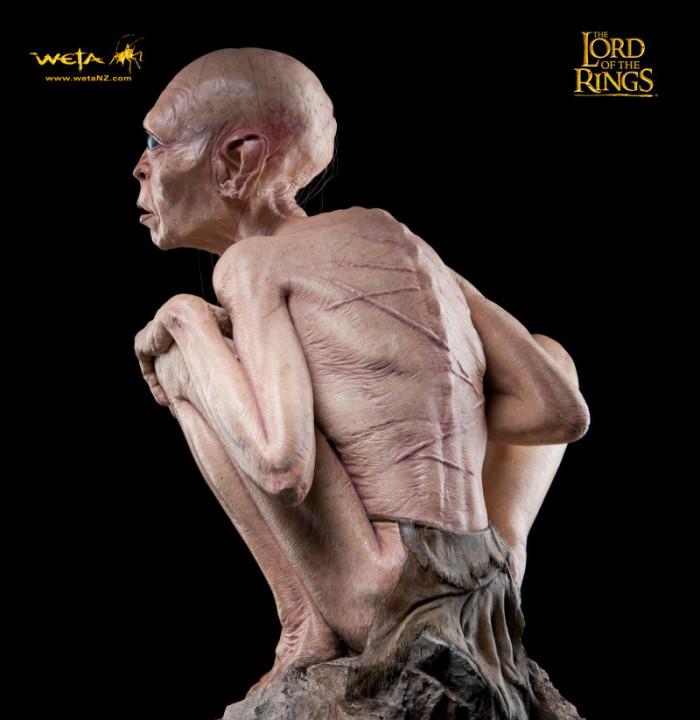 Gollum statue 6