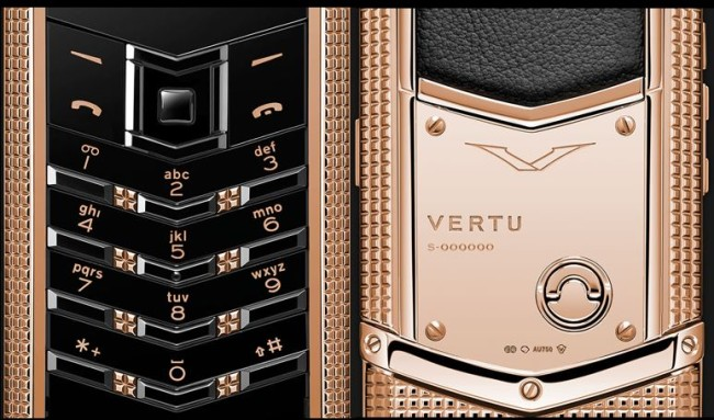 Vertu - Signature Clous de Paris - Gold 4