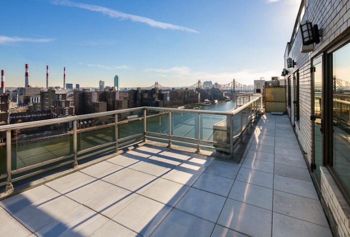 Frank Sinatra's NYC penthouse 9