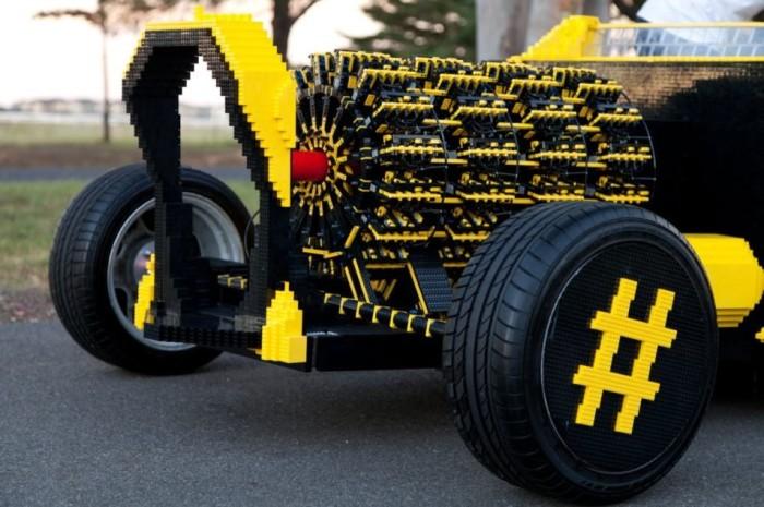 LEGO Car 4