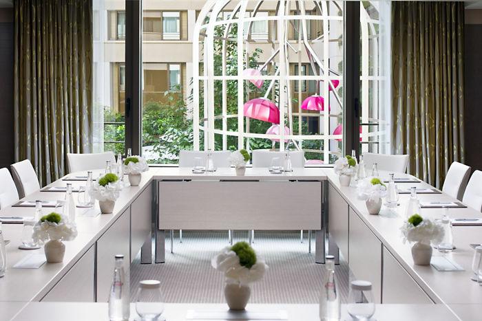 Mandarin Oriental Paris Meeting Room