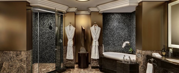 New York Palace Champagne Suite 7