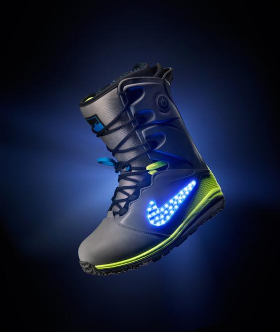 Nike LunarENDOR QuickStrike Boots 4