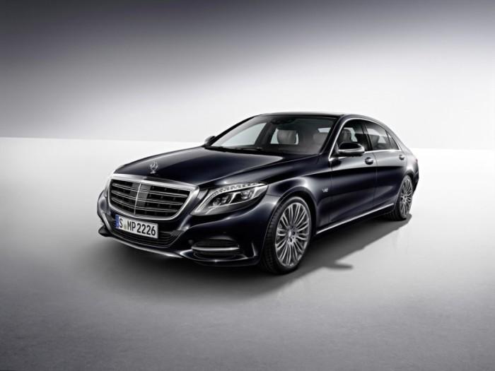 2015 Mercedes-Benz S600 V12 - 12