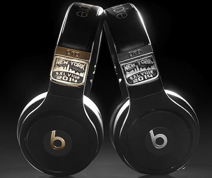 Beats by Dre Super Bowl headphones 1