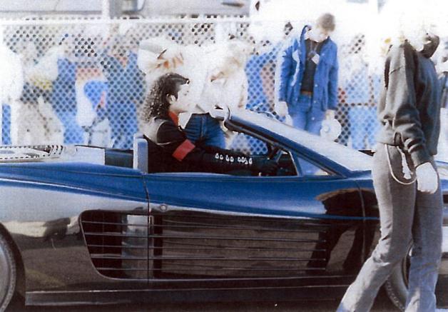 Ferrari Testarossa - Michael Jackson 5