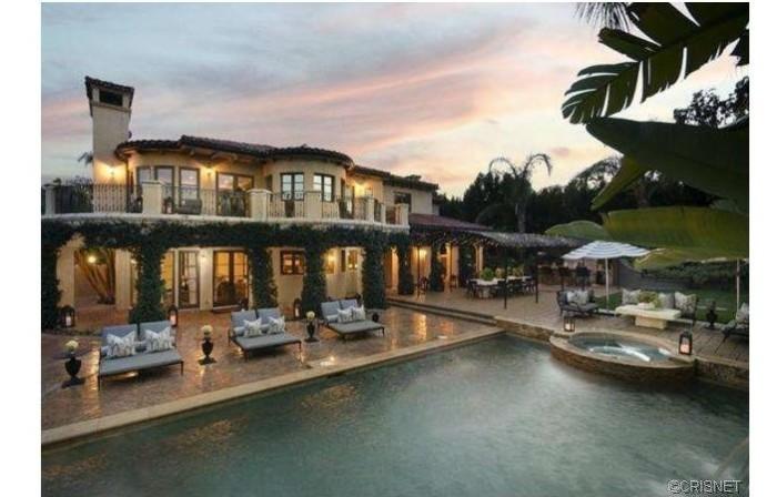 Khloe & Lamar Home 1