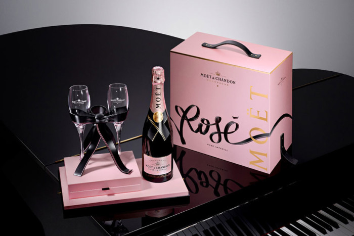 Moët & Chandon - Rosé x Tyrsa 'Link Your Love Rosé' Pack 1