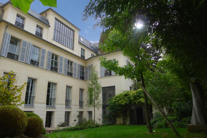 Paris Mansion in Sixth Arrondissement - 4