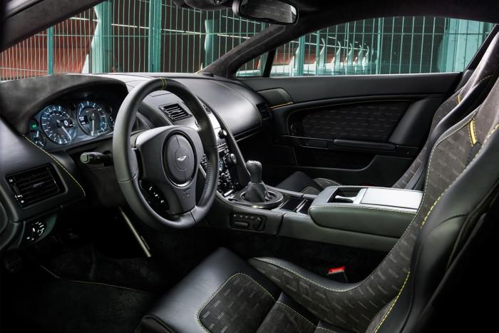 Aston Martin - V8 Vantage N430 7