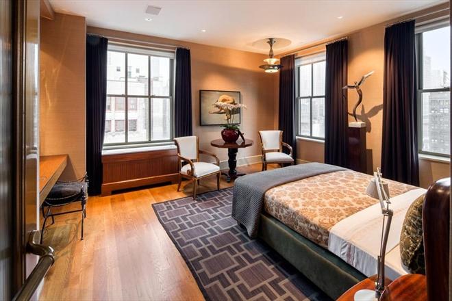 Chelsea Pre-War Luxury Condominium 10