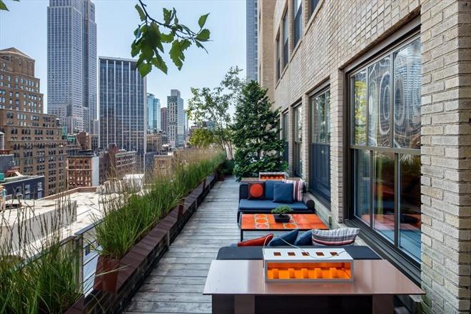 Chelsea Pre-War Luxury Condominium 12