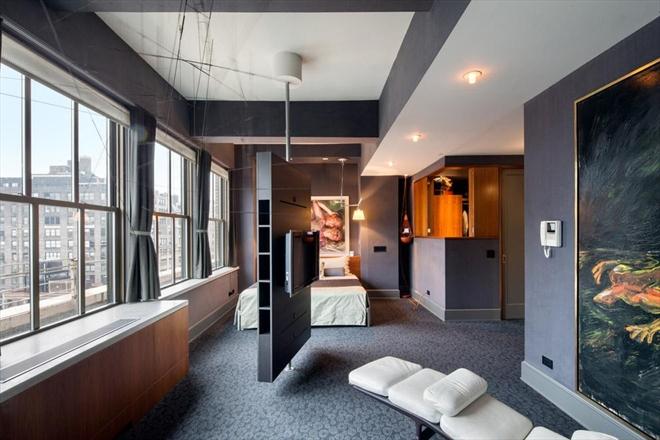 Chelsea Pre-War Luxury Condominium 8