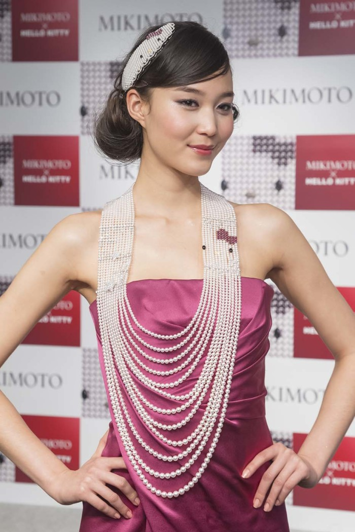 Hello Kitty Mikimoto 9