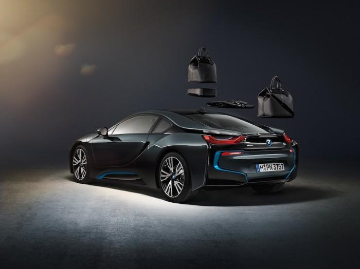 Louis Vuitton - BMW i8 Luggage Set 2