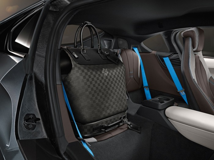 Louis Vuitton - BMW i8 Luggage Set 3