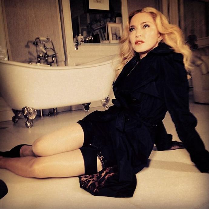 Madonna MDNA SKIN 5