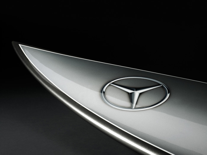 Mercedes-Benz Surfboard 1