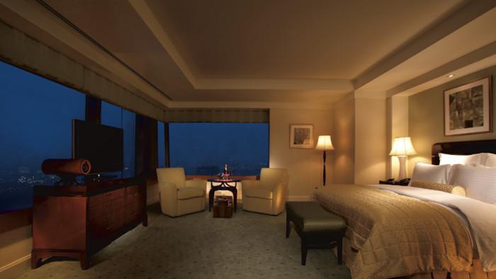 Most Extravagant Hotel Suites - Ritz Carlton Suite, Tokyo