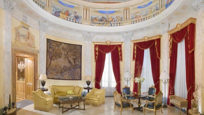 Most Extravagant Hotel Suites - Villa La Cupola