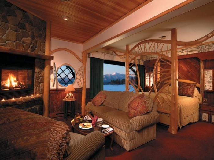 Top 5 Ski Resorts And Ski Hotels - Mirror Lake Inn NY