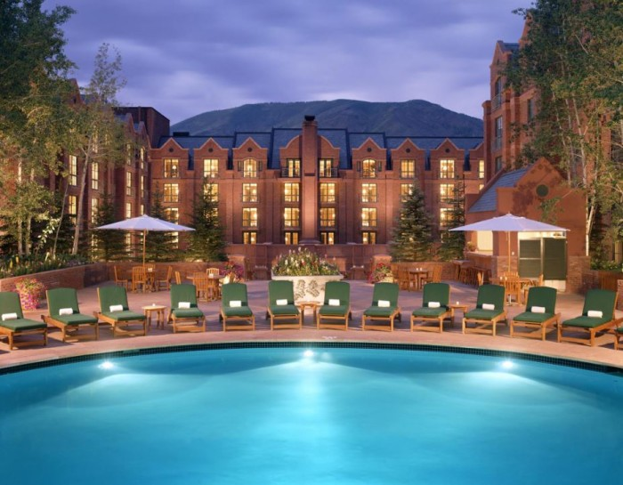 Top 5 Ski Resorts And Ski Hotels - The St. Regis Aspen CO 2