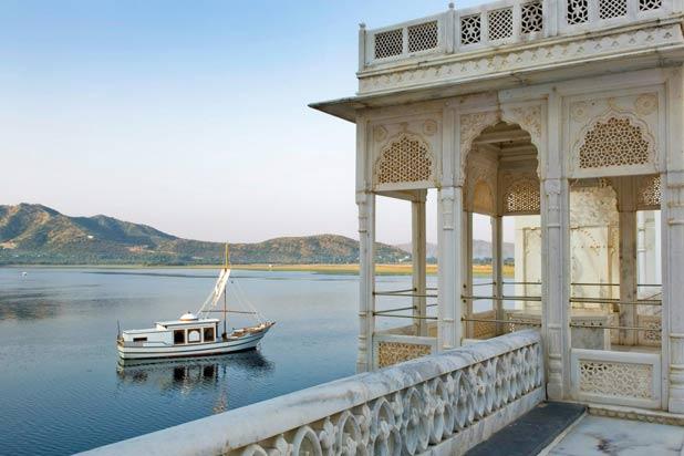 10 Most Beautiful Restaurants In The World - Taj Lake Palace, Udaipur 7