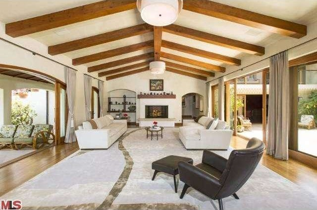 Bruce Willis Beverly Hills Hacienda 14