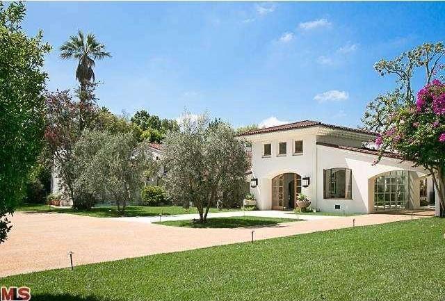 Bruce Willis Beverly Hills Hacienda 2