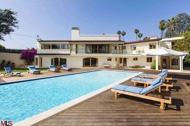 Bruce Willis Beverly Hills Hacienda 21