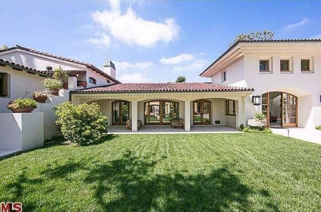 Bruce Willis Beverly Hills Hacienda 3