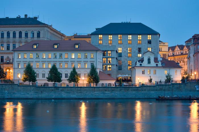Four Seasons Art Tour - Prague 3