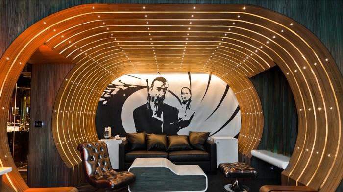 Seven Hotel James Bond Suite 6