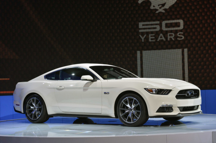 2015 Ford Mustang Anniversary Edition 1
