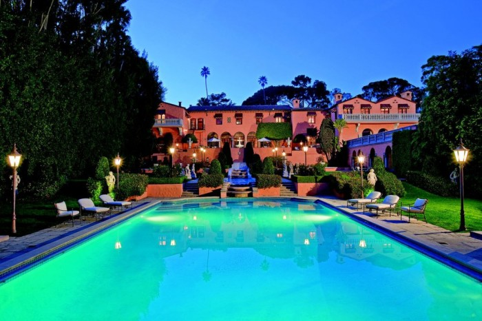 Beverly House Mansion 1