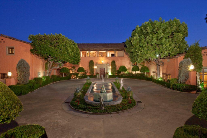 Beverly House Mansion 2