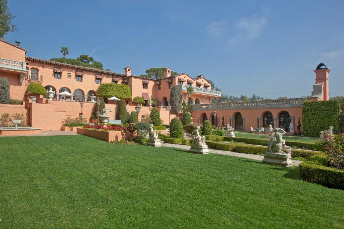 Beverly House Mansion 4