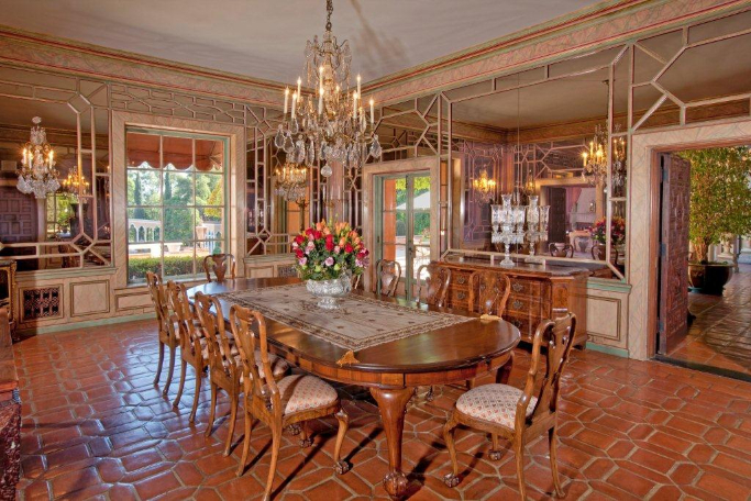 Beverly House Mansion 9