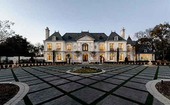 French Château in Bluffview, Dallas 1