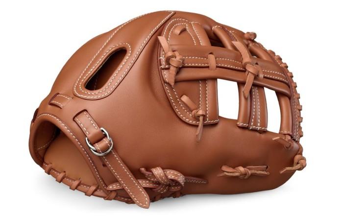 Hermès Baseball Glove 3