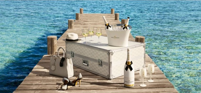 Moët Champagne Party Trunk 3