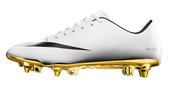 Nike Cristiano Ronaldo Boots 3