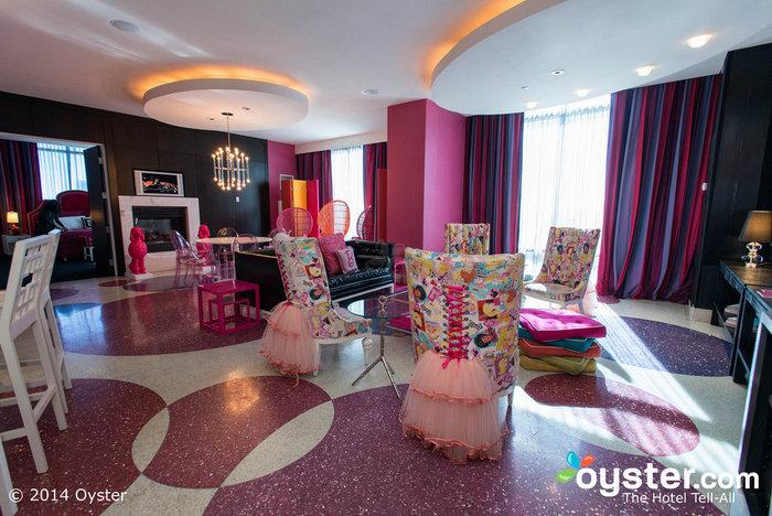 Barbie Themed Suite - Palm Casino 5