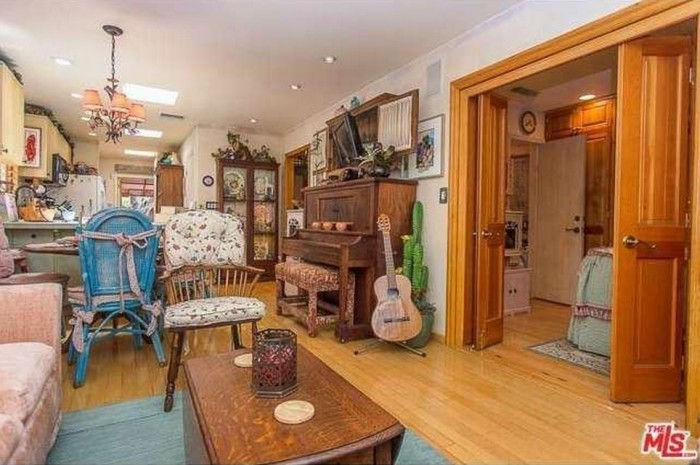 Dolly Parton Home 6