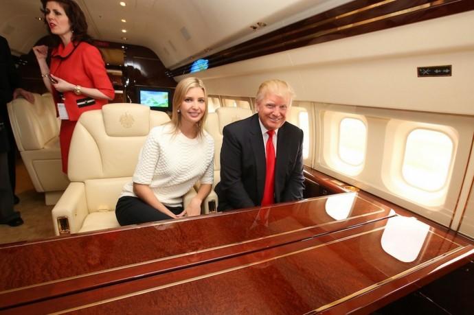 Donald Trump Boeing 757 - 7