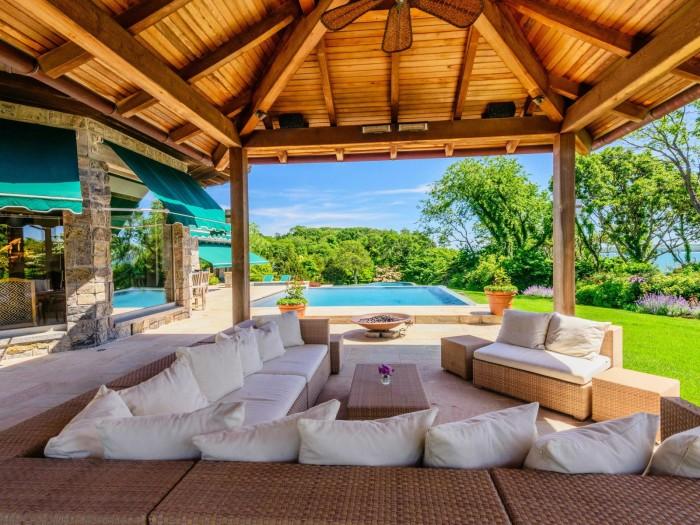 Angel View Hamptons Estate 10